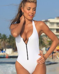 Blanco Zip One Piece